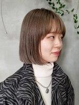 テトヘアー(teto hair)ボブ 切りっぱなしボブ 韓国ヘア ベージュ ハイトーンカラー