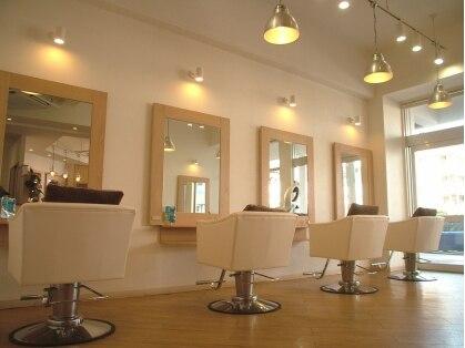 ヴィトラ ヘアラボラトリー(vitra hair laboratory)の写真
