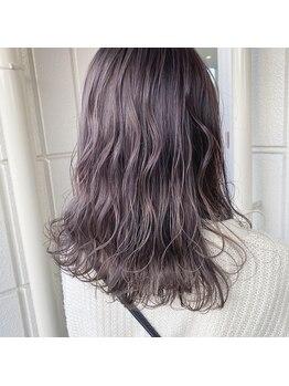 コレロ ヘアー(KORERO hair)の写真/カラーチェンジは、お任せください!ダメージを抑え、気分も変えるこだわりカラーを体験してみて♪