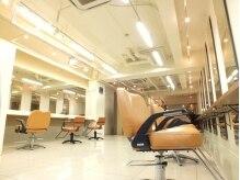 ミルキィウェイ 横浜店(MILKY WAY)の雰囲気(広くて開放感のある明るい店内でゆったりとお過ごしください☆)