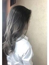 ヘアメイク ロココ(Hair Make Rococo)スモーキートパーズ×シフォンカール