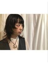 ティティアンバイイザ(titian by IZA)暗髪 × ロングウルフ