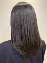 リゾーム デ リアン(Rhizome des liens)くせ毛カバー黒髪で艶サラ