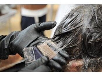 オリーヴ ヘアー(OLIVE hair)の写真/明るい白髪染めも可能◎ダメージをケアしながらあなたの「なりたい」を叶えます☆お気軽にご相談ください!