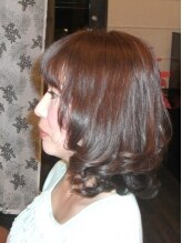クラール(CURAR)内側からから輝く髪で女らしさアップ
