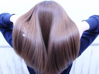 リコ バイ マリス(Liko by maris)の写真/【5STEP★Liko最上級トリートメント¥14300→¥11440】内部から補修でハリコシを与え最高のうるつや髪へ