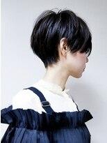 【ショート/黒髪×カジュアル×ハンサムショート】tomo
