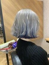 ランティ 大阪梅田茶屋町店(LUNTY OSAKA)ホワイト/インナー中明度ブルー