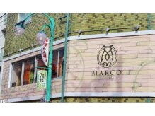 マルコ (MARCO)の雰囲気(ウッド調のオシャレな外観が目じるし♪)