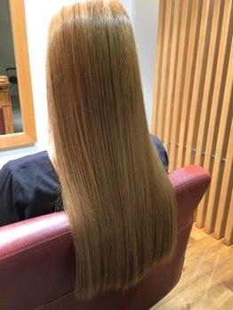 エイル(AILe)の写真/《話題の髪質改善メニュー導入!》トリートメントの種類を豊富に取り揃え◎是非お試し下さい♪
