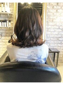 ヘアー アトリエ エゴン(hair atelier EGON)ミディアム