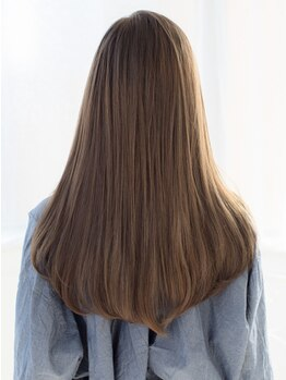 トランスモード アヴェダ 大分OPA店(TRANCE MODE! AVEDA)の写真/【中央町/最高峰オーガニックブランドAVEDA】柔らかく自然な仕上がりを叶える、艶感溢れる美髪ストレート♪