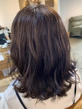 エムドットヘアーサロン(M. hair salon)の写真/おしゃれの幅が広がる《M.》のカラー力で一段と若々しく・・・立体感のあるワンランク上のカラーを実現☆