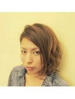 ロイ ヘアルーム 草加店(Roy hairroom)ミディアムパーマスタイル
