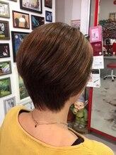 ヘアーネイル カムフィー(HAIR NAIL comfy)ショートヘア