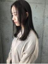 アコロン(acoron)【20・30代おすすめ♪】小顔カット×黒髪×透明感イルミナカラー