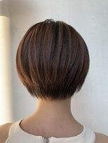 ヘアー アイス カンナ(HAIR ICI Canna)柔らかいベージュカラーと収まりのいいショートスタイル