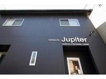 ヘアーサロン ジュピター(HAIR SALON Jupiter)の雰囲気(黒い外観です)