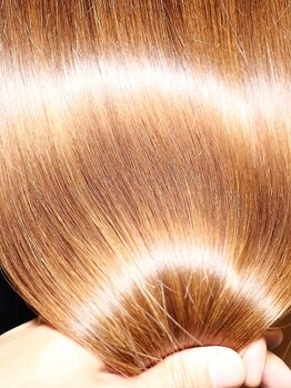 シュガー 盛岡(SUGAR)の写真/【TVやSNSで話題の資生堂サブリミック取扱い】今までにない髪質改善!ワンランク上の仕上りが思いのまま♪