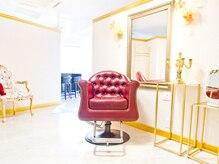サロン ド クイーン 岡本店(salon de Queen)の雰囲気(セミプライベートルームで、自分だけの空間で過ごす特別な時間)