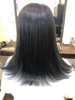 """ヘアーフレッシュラブ(Hair Fresh Love)の写真/""""Hair Fresh Love""""のカラースタイルでお客様の遊び心にスパイスを!カラー提案もお任せ下さい♪"""