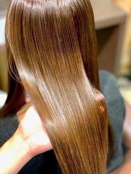 ブリス(VLISS)の写真/【表参道徒歩3分】ダメージ髪質に合わせて最もベストなケア方法をご提案◎艶、まとまりがよみがえる!