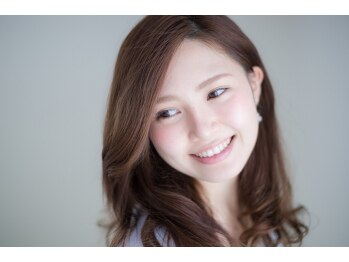 リルハ(RIRUHA)の写真/【初回カット+ナチュラルカラー¥9500】ダメージレスカラーで透き通るような美髪を叶えます♪
