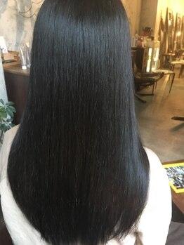 リベルタ(liberta)の写真/[libertaオリジナルの髪質改善システム<re.viving>]リバイビングで感動を与える圧倒的極上美髪へー