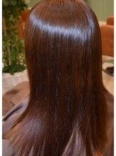 自然で柔らかな仕上がりに・・・・♪髪ストレスを解消してナチュラルな曲線美へ