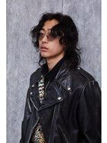 【men's salon dot. Tokyo】波ウェーブロング×センターパート