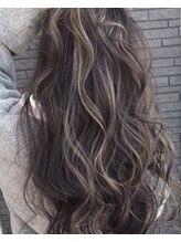 アース 米沢店(HAIR&MAKE EARTH)立体感と透明感の外国人風グラデーションカラー&ハイライト