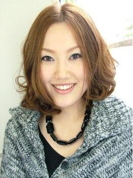 ネオジオ(NEO GEO)の写真/寝起きみたいな無造作なニュアンスヘア。巻き髪より「リアルパーマ」で外国人のクセ毛のような柔らかさを!!
