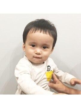 1歳男の子 キッズカット L044310874 ベラヘアー Bella Hair のヘアカタログ ホットペッパービューティー