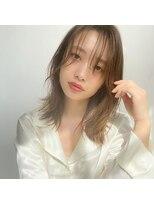 ミンクス 青山店(MINX)くびれレイヤーミディアム 表参道 アルティスト髪質改善カラー
