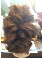 クロムヘアー(CHROME HAIR)編み込みゆるアップ
