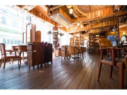 ワイエスパーク 青山店(Y.S.PARK)の写真