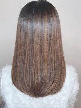 ステラ(STELLA)の写真/今年のストレートはコレ【シアバター配合ノンシリコン縮毛矯正¥8800】柔らかな仕上がりに★