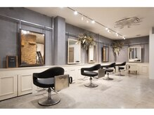 スイート ヘアデザイン(Suite HAIR DESIGN)の雰囲気(ドライフラワー溢れる店内、ほのかに香る空間【鹿児島/天文館】)