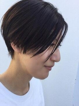 クブヘアー(kubu hair)《Kubuhair》ダークカラーショート