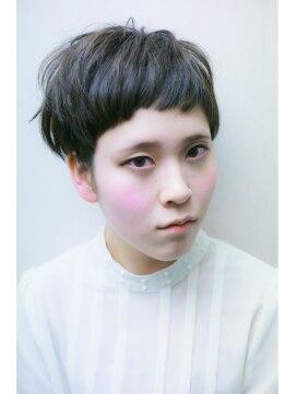 ココモ(KOKOMO)黒髪風カラー♪マッシュショート