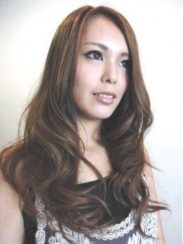 サクラ 羽束師店(SAKURA)の写真/いつまでもオシャレでいたい女性必見!自然な発色のカラーが楽しめるSAKURAであなたらしさを引き出す♪