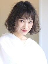 ソイクフ(SOY KUFU)【soy-kufu】シースルー前髪黒髪ワンカールウェーブボブ