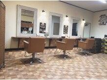 ヘアールーム(hair Room)の雰囲気(桶川東中学校近く☆カフェをイメージしたオシャレな店内☆)