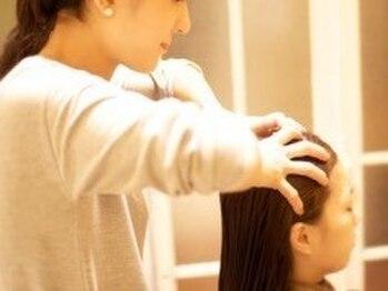 ツツミ TSUTSUMI 美容室の写真/普段のシャンプーでは取り除けない、毛穴の汚れをスッキリ除去!日頃の疲れも癒され、抜け毛予防にも◎