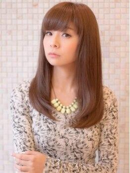 イースタイル 豊橋柱店(e style)の写真/縮毛矯正認定サロンだからできる驚きのツヤと手触り!あなたのクセ毛や髪のお悩みを解決いたします。