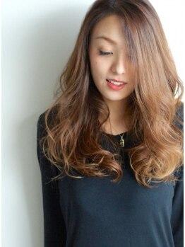 ルート(ROUTE)の写真/1度使うとやめられない。高濃度美容液を配合したケア商材【oggi otto】使用。髪の纏まりの違いを実感して。