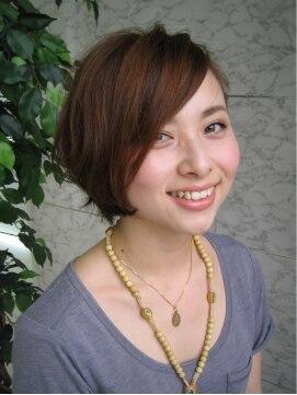 シキブルイール(SIKIBU LUIRE)かっこいいと可愛いが共存する☆リラックスショートボブ☆
