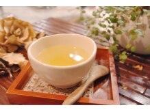 アフィックリマ(afic lima)の雰囲気(パーマ・カラーの待ち時間に  一番人気のゆず茶♪)