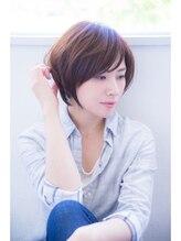 イレス バイ エヌ・ビー・エヌ・ジー(IRESU BY NBNG)大人可愛いショートスタイル