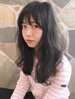 シェル(SHEL)<SHEL NATSUMI>黒髪ふわふわロング